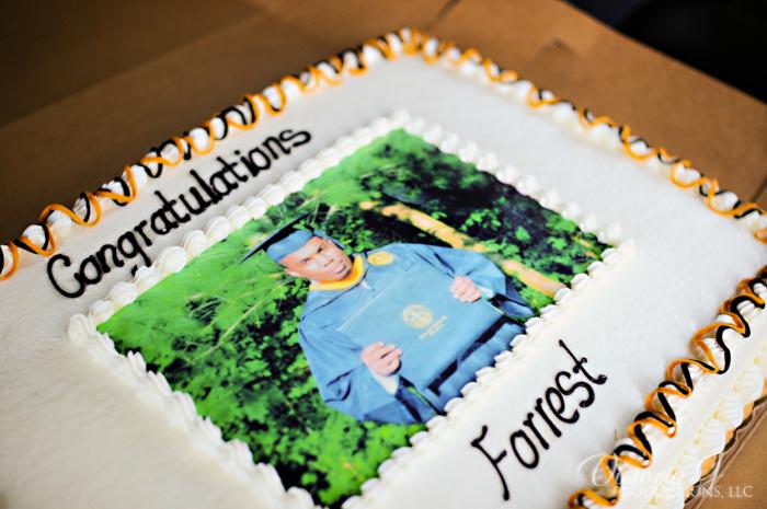 cake 1 - graduation cake